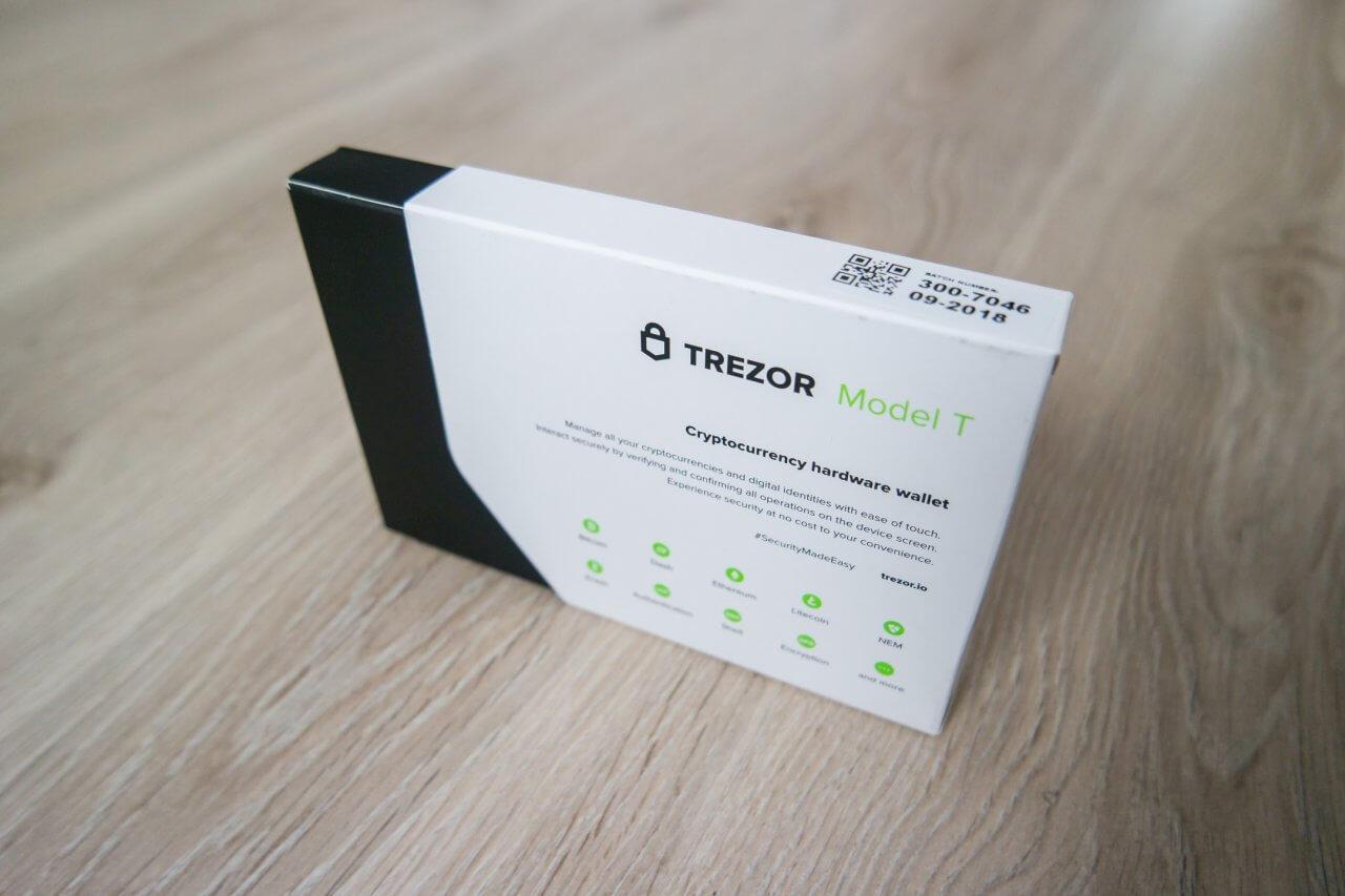 trezor-model-t-guia